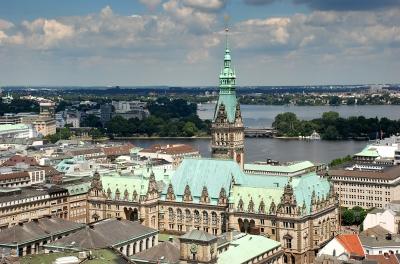 Ayuntamiento hamburgo con alster