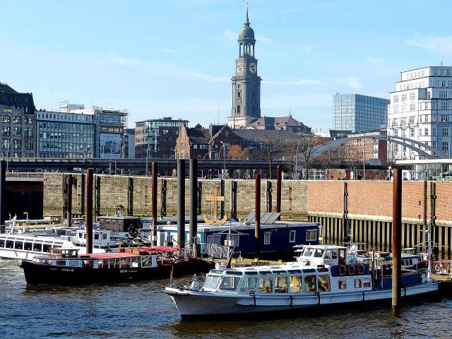 Los alrededores<br />del Puerto<br />de Hamburgo